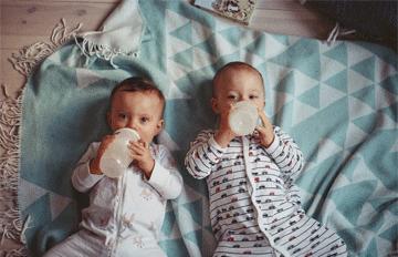 我们有了双胞胎男孩!